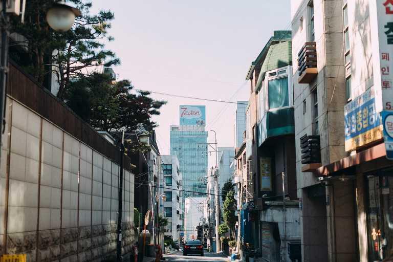 Destination wedding photographer in Seoul in Korea